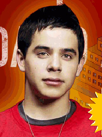 Last year's runner up, David Archuleta returns to the Idol stage.