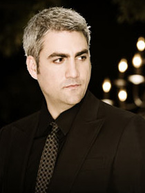 "Season 5 winner Taylor Hicks returned to the idol stage to sing his latest single ""Seven Mile Breakdown.""  Photo courtesy of American Idol."